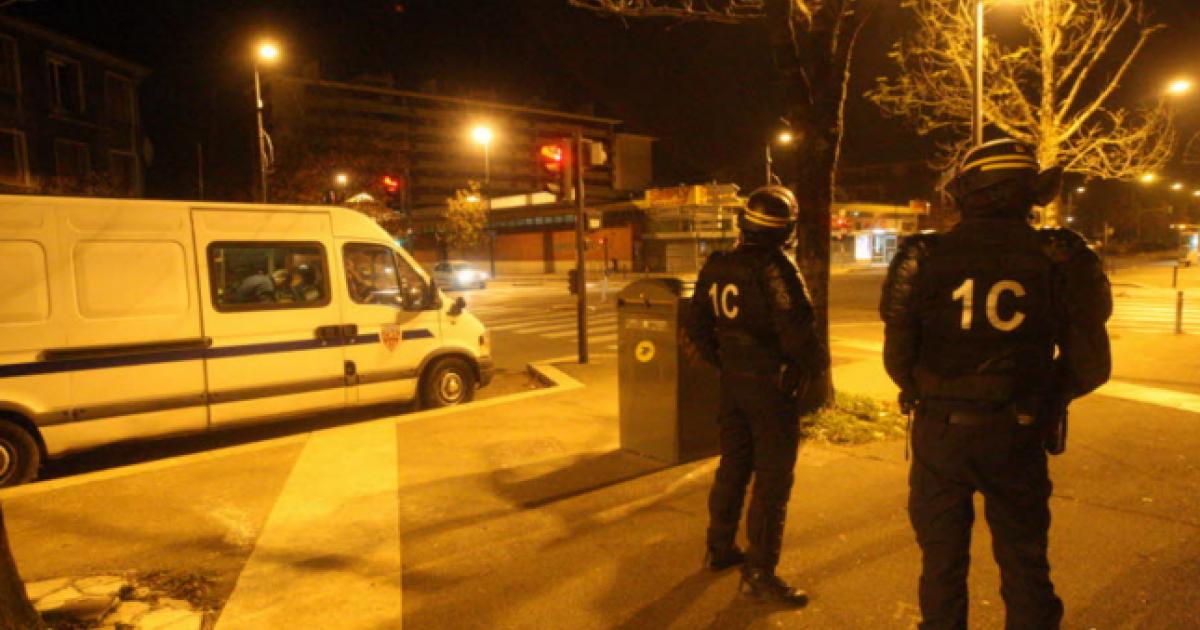 Attentats importante op ration de police cette nuit echirolles et grenoble des arrestations for Police grenoble